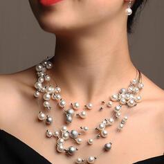 Lysande Elegant Skiktad Legering Fauxen Pärla Smycken Sets Halsband örhängen 3 st