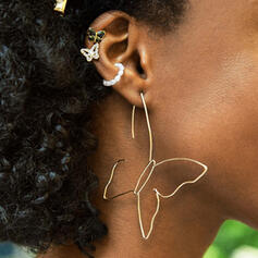 Artistic Butterfly Alloy Earrings