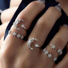 Shining Alloy With Star Moon Rhinestones Rings (Set of 5)