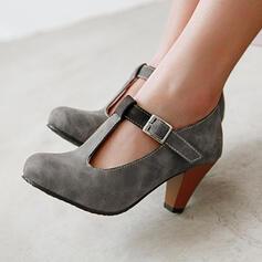 Kvinnor PU Tjockt Häl Pumps rund tå med Spänne Ihåliga ut skor