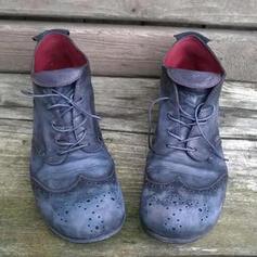 Kvinnor PU Flat Heel Boots rund tå med Bandage Ihåliga ut skor