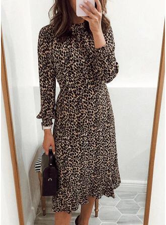 Leopard Långa ärmar A-linjeformad Skater Fritids Midi Klänningar